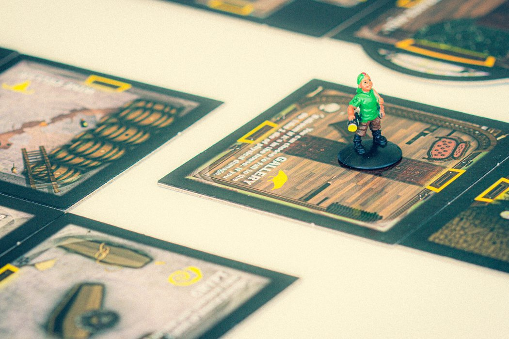 5 Games Like Betrayal at House on the Hill