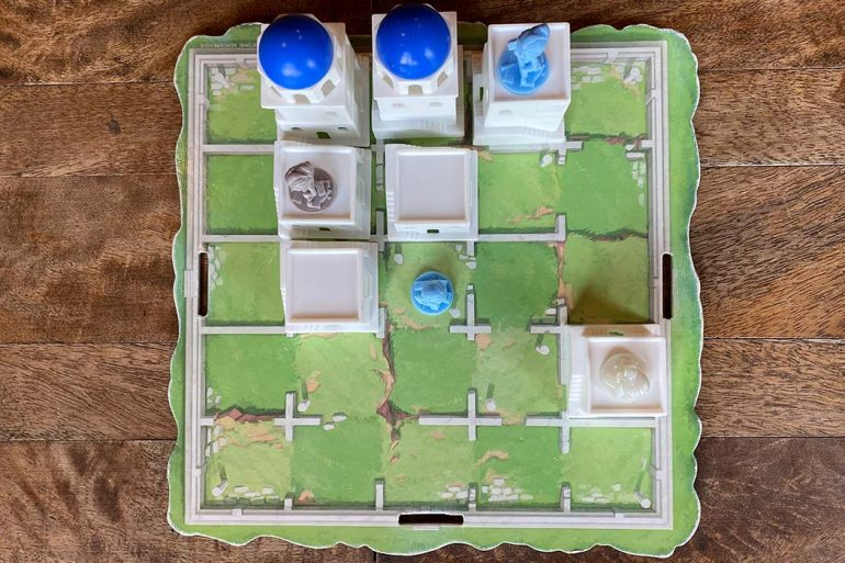 Santorini Board Game Overview