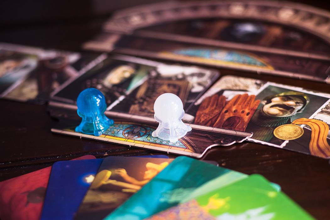 5 Games Like Mysterium
