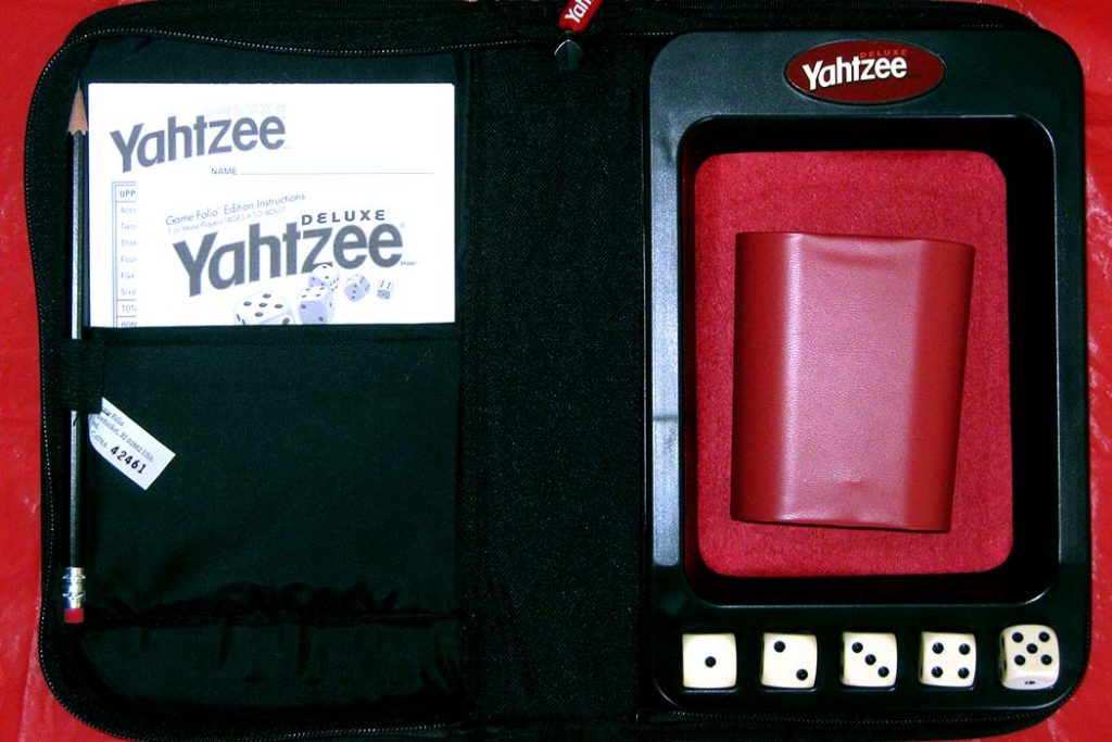 Yahtzee Board Game Components