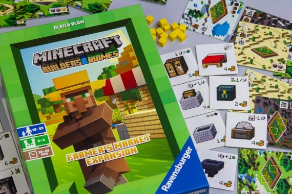 Minecraft Builders and Biomes Farmer's Market Expansion Game Box Art